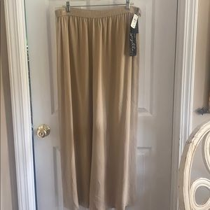 Suzelle by Neiman Marcus evening pants